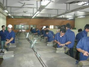 Nguội_Bài 1: Tổ chức chỗ làm việc và kỹ thuật an toàn lao động